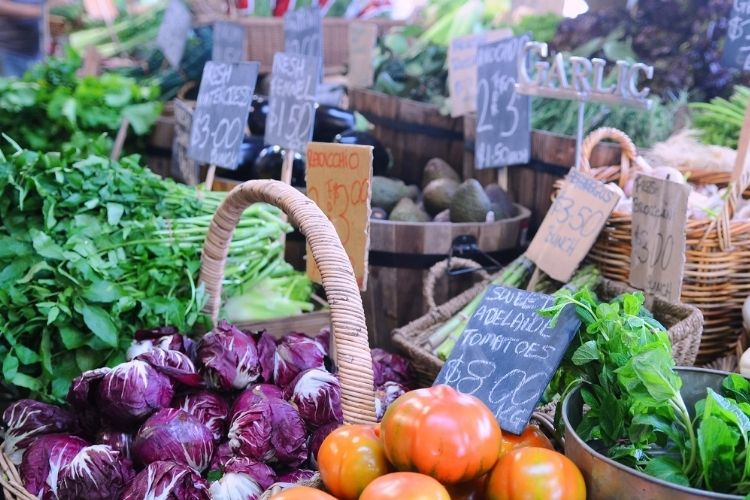 How to Sell Products at Farmers Markets